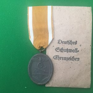 West Wall  Medal and Packet of issue